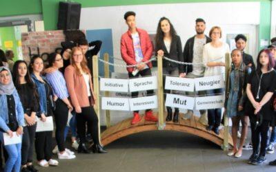 """Unser interkulturelles Projekt """"Fremdheit überwinden – Brücken bauen"""""""